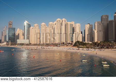Dubai, Uae - February 15, 2020: Marina Jbr Beach Sea Water Font Tall Buildings.