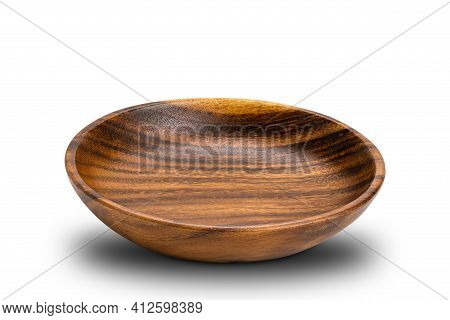 Side View Of Wooden Plate On White Background With Clipping Path. Closeup Texture Of Wooden Plate Is