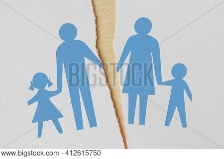 Torn Paper With Divorced Family Drawing - Divorce And Broken Family Concept