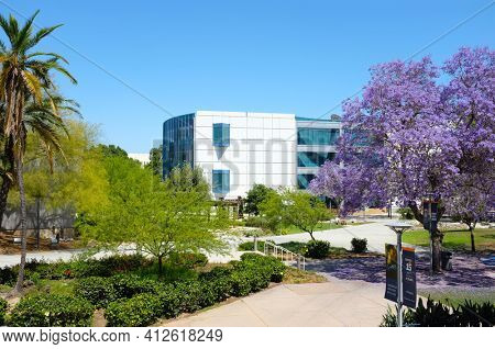 FULLERTON CALIFORNIA - 22 MAY 2020: The Pollack Library seen form the Titan Shops on the campus of California State University Fullerton, CSUF.