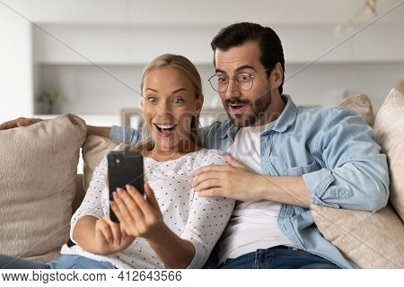 Amazed Couple Shocked By Unexpected Deal On Smartphone