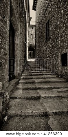 Narrow medieval alley, Italian Architecture - Umbria