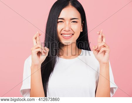 Asian Happy Portrait Beautiful Cute Young Woman Smile Have Superstition Her Holding Fingers Crossed
