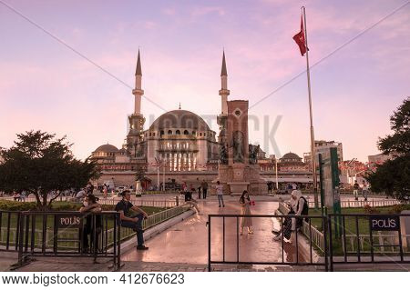 Istanbul, Turkey - 09 07 2020: Sunset View On Taksim Square With Its Republic Monument And Newly Bui