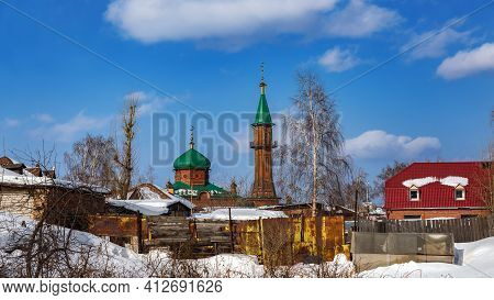 Tomsk, Russia - March 12, 2021. Cathedral Mosque Made Of Red Brick In The Old District Of Tomsk