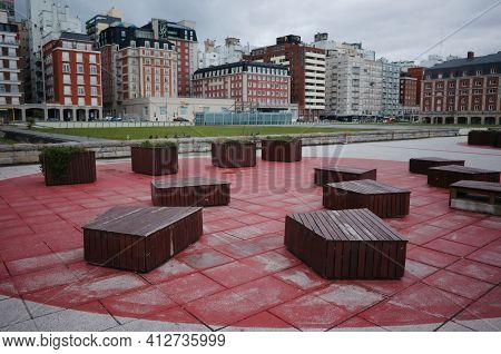 Mar Del Plata, Buenos Aires, Argentina - May, 2020: Outdoor Seats Made Of Hardwood In A Small Square