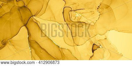 Gold Fluid Art. Abstract Marble Wallpaper. Acrylic Oil Texture. Liquid Effect. Fluid Art. Grunge Flo