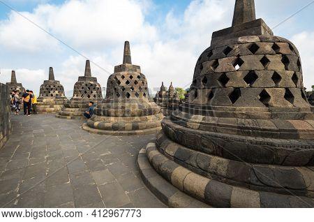 Java, Indonesia - 09 September 2018: Borobudur Is 9th-century Mahayana Buddhist Temple In Central Ja