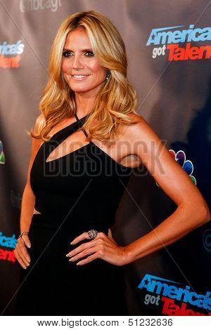 NEW YORK-SEP 17: Judge and supermodel Heidi Klum attends the pre-show red carpet for NBC's