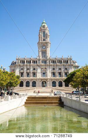 City hall of Porto on Avenida dos Aliados Portugal