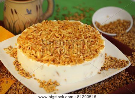 Cake dessert pie nutty