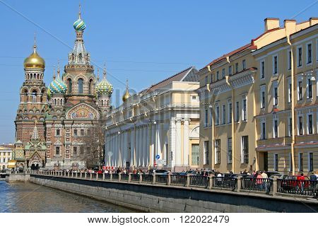 St. Petersburg, Russia - April 26, 2009: Church Of Our Savior On Spilled Blood And Griboedova Canal.