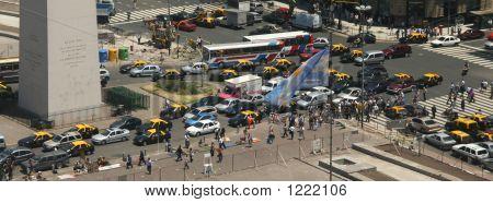 Rush Hour Traffic,  Obelisk