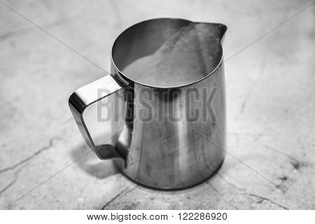 metal cup in which the coffee is brewed.