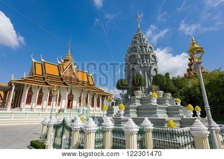 Silver Pagoda And Stone Pagoda