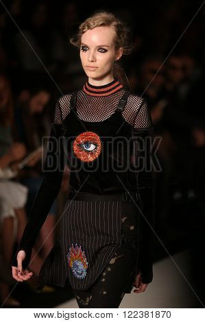 Db Berdan Catwalk In Mercedes-benz Fashion Week Istanbul
