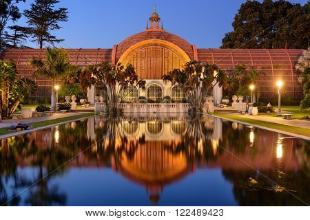 SAN DIEGO, CALIFORNIA - FEBRUARY 25, 2016: The Botanical building at historic Balboa park in the evening.