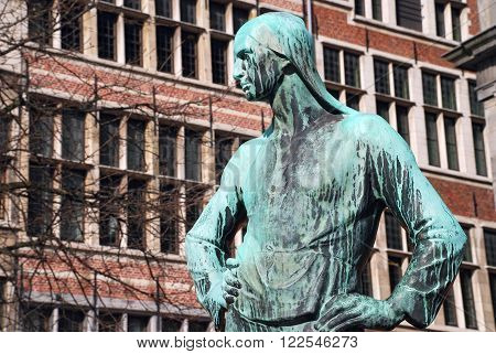 Antwerp Belgium monument to harbor workers landmark