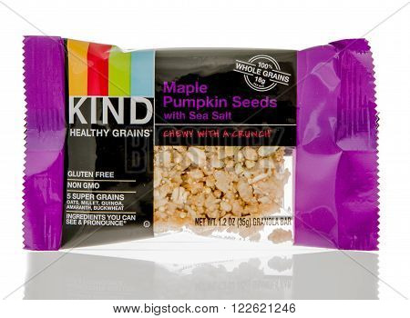 brand, delicious, diet, editorial, food, free, gluten, good, grains, grocery, healthy, illustrative, isolated, kind, maple, name, package, pumpkin, salt, sea, seeds, snack, wholesome