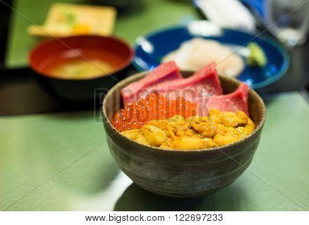 Donburi of japanese seafood
