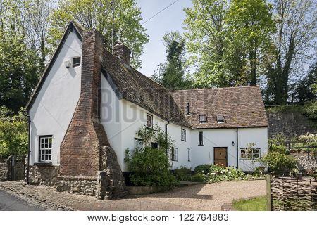 LOOSE, KENT, UK, 11 MAY 2015 - Pretty cottage in the village of Loose, Kent, UK