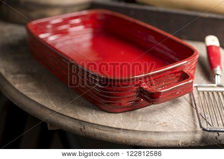 Red Rounded Rectangular Baking Dish