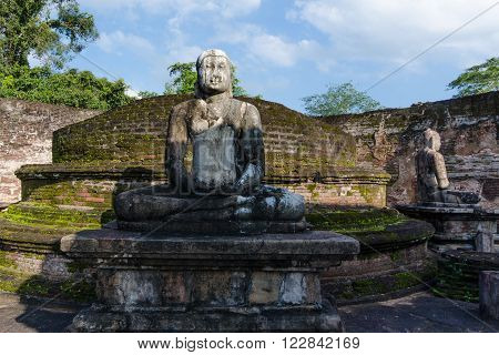 POLLONARUWA, SRI LANKA - APR 15: Ancient Buddha statue of Vatadage temple ruins in ancient city of Pollonaruwa, Sri Lanka on Dec 24, 2015 in Polonnaruwa, Sri Lanka