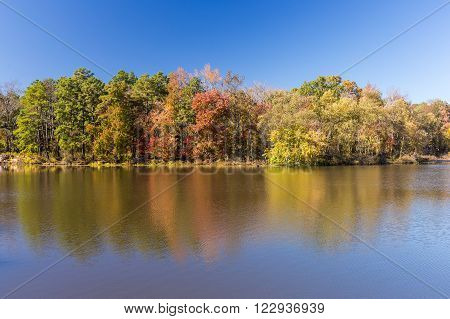 Arkansas fall landscape and lake in Petit Jean state park