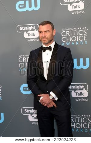 LOS ANGELES - JAN 11:  Liev Schreiber at the 23rd Annual Critics' Choice Awards at Barker Hanger on January 11, 2018 in Santa Monica, CA