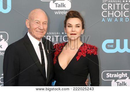 LOS ANGELES - JAN 11:  Patrick Stewart, Sunny Ozell at the 23rd Annual Critics' Choice Awards at Barker Hanger on January 11, 2018 in Santa Monica, CA