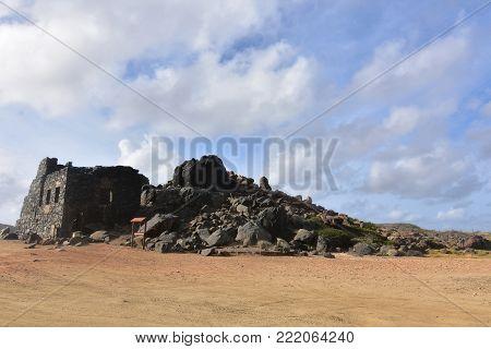 Impressive smelter and gold mine ruins in Aruba