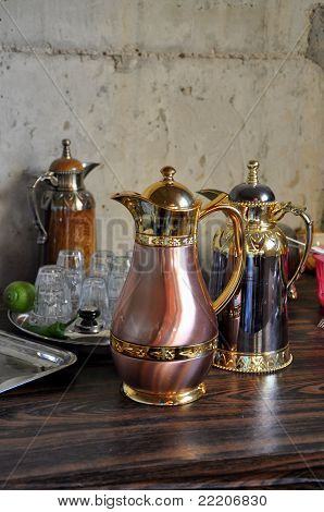 Oriental kettle for tea and coffee