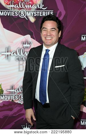 LOS ANGELES - JAN 13:  Dean Cain at the Hallmark Channel and Hallmark Movies and Mysteries Winter 2018 TCA Event at the Tournament House on January 13, 2018 in Pasadena, CA