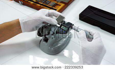 Micrometer Calibration with gauge block in Calibration laboratory