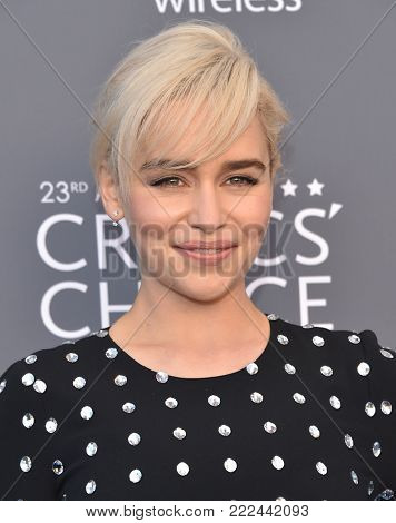 LOS ANGELES - JAN 11:  Emilia Clarke arrives for the 23rd Annual Critics' Choice Awards on January 11, 2018 in Santa Monica, CA