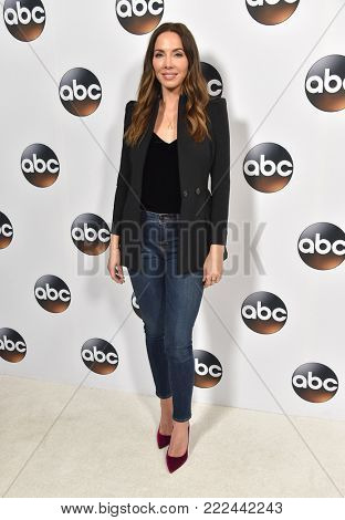 LOS ANGELES - JAN 08:  Whitney Cummings arrives for the ABC Winter 2018 TCA Event on January 08, 2018 in Pasadena, CA