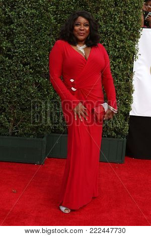 LOS ANGELES - JAN 15:  Loretta Devine at the 49th NAACP Image Awards - Arrivals at Pasadena Civic Center on January 15, 2018 in Pasadena, CA