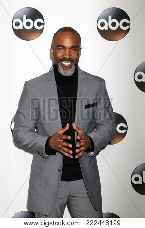 LOS ANGELES - JAN 15:  Donnell Turner at the 2018 NAACP Image Awards at Convention Center on January 15, 2018 in Pasadena, CA