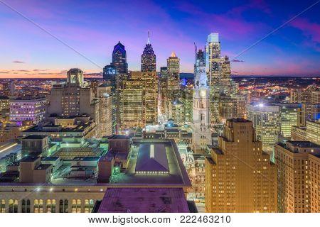Philadelphia, Pennsylvania, USA downtown skyline.