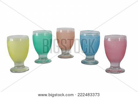 glass cup which is transparent, moderately strong, usually does not react with chemicals, and is biologically inactive which can be formed with a very smooth and water-resistant surface