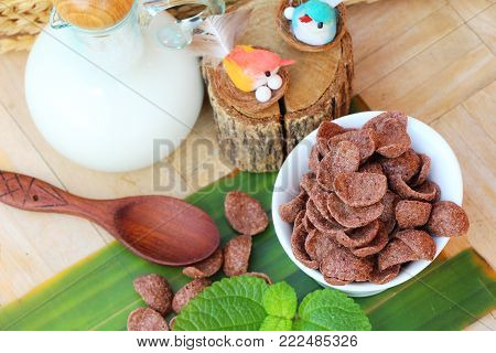 Cocoa crunch and fresh milk is delicious