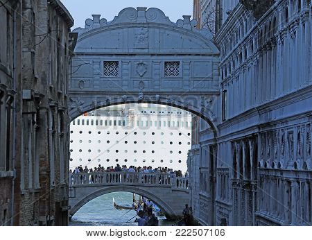 Venezia, Italy - July 14, 2015: Huge Cruise Ship And The Bridge Of Sighs With People