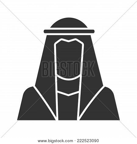 Muslim man silhouette glyph icon. Silhouette symbol. Muslim traditional clothes. Arab, turk. Islamic culture. Negative space. Vector isolated illustration