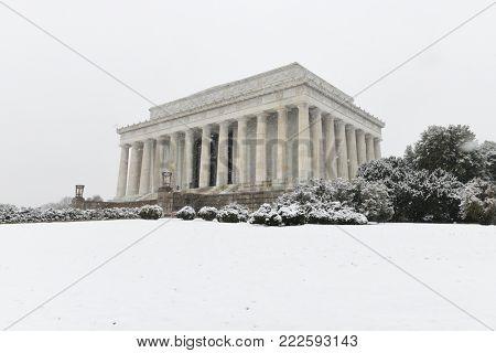 Washington DC, Lincoln Memorial in snow -  United States