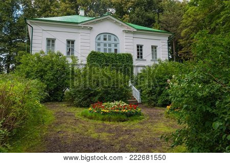 Outbuilding of Kuzminsky. From 1859 to 1862 the school of Leo Tolstoy for peasant children. In the estate of Count Leo Tolstoy in Yasnaya Polyana in September 2017.