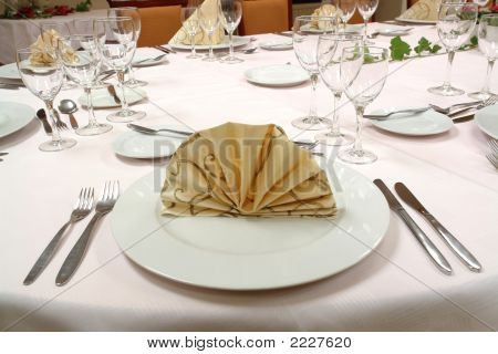 Table Setting Dinner Restaurant