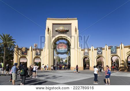 Orlando, Florida, Usa - November 3: People At Gate Entrance To Universal Studios.  Taken November 3,