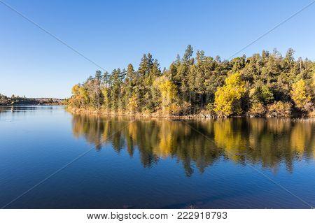 scenic Lynx lake Prescott Arizona fall reflection