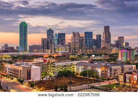Dallas, Texas, USA skyline at dusk.