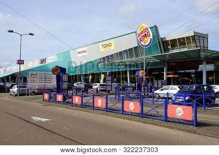 Muiden, The Netherland - September 15, 2019: Indoor-outdoor Shopping Center Maxis In The Dutch City